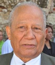 José Altagracia González Espinosa, ex senador por Barahona, presidente del PTD